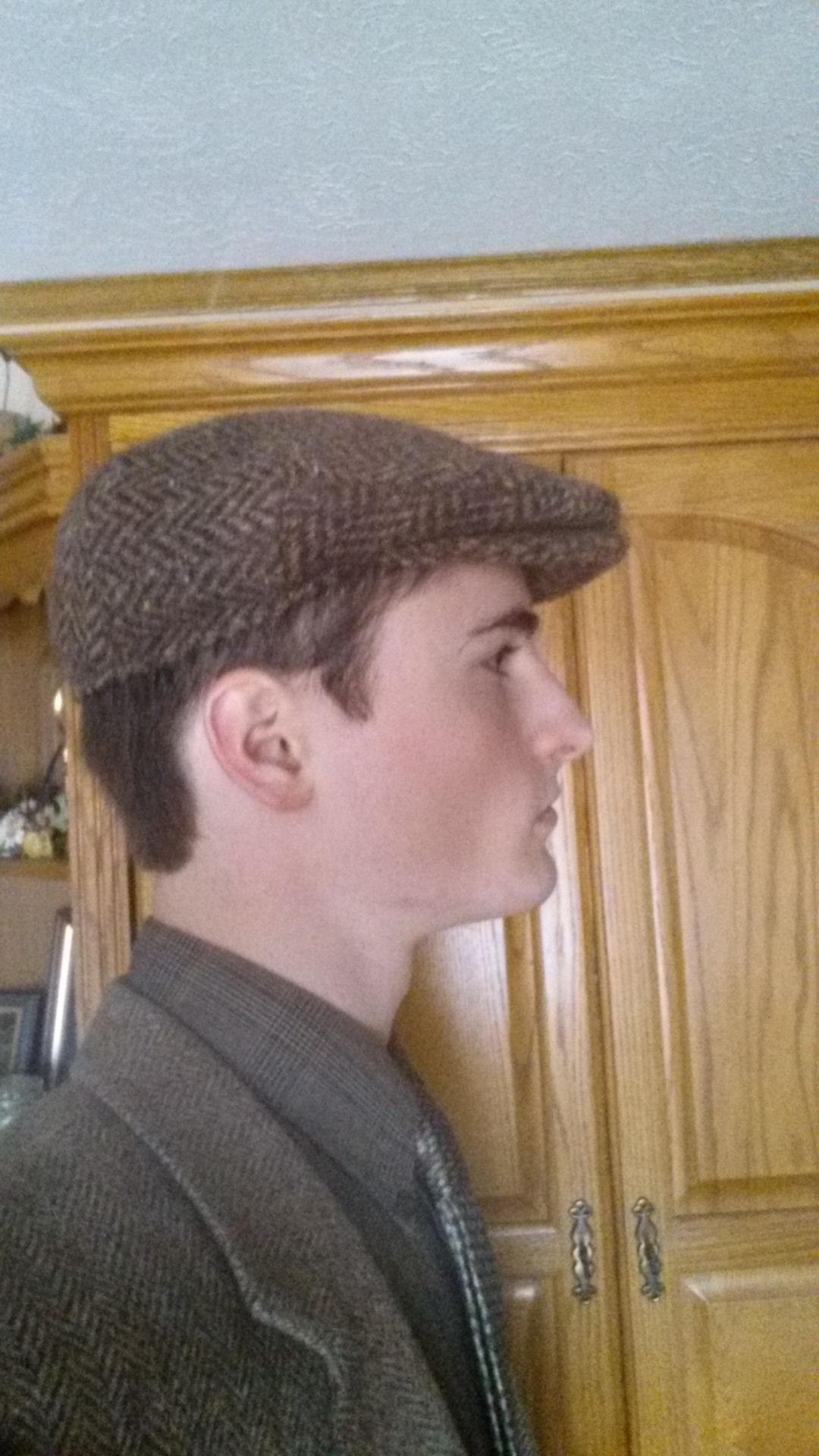 Here s how my Hanna snap-brim flat cap fits e84c69d113c