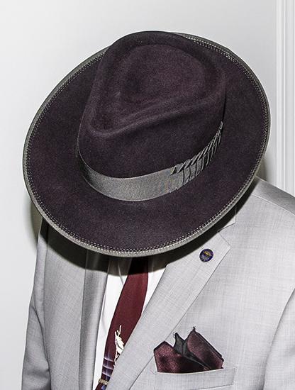 15Nov20 Grey coat black cherry crown 550x.jpg