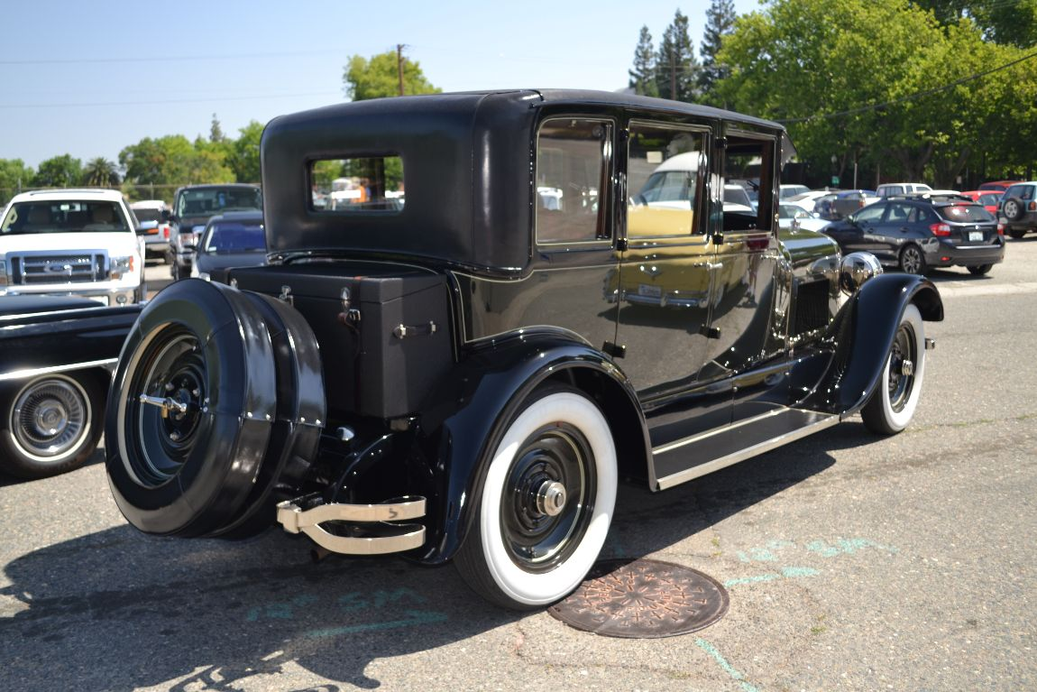 1925_Lincoln_L144BTouring_358ci_36_4HP_V-8_RearView.jpg