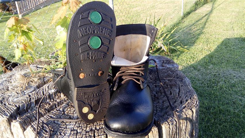 1935 Boot (3) (Small).jpg