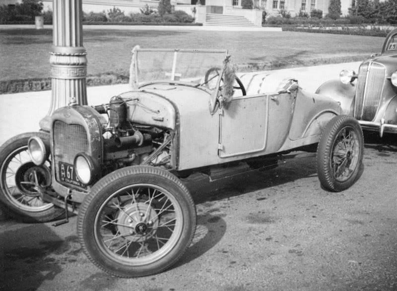 1937 Hollywood High 01.jpg