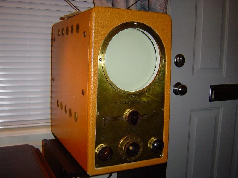 1949 Teletone TV-220.JPG