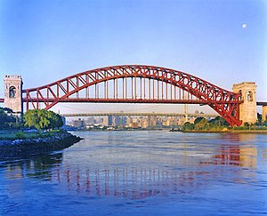 300px-Hell_Gate_Bridge_by_Dave_Frieder.jpg