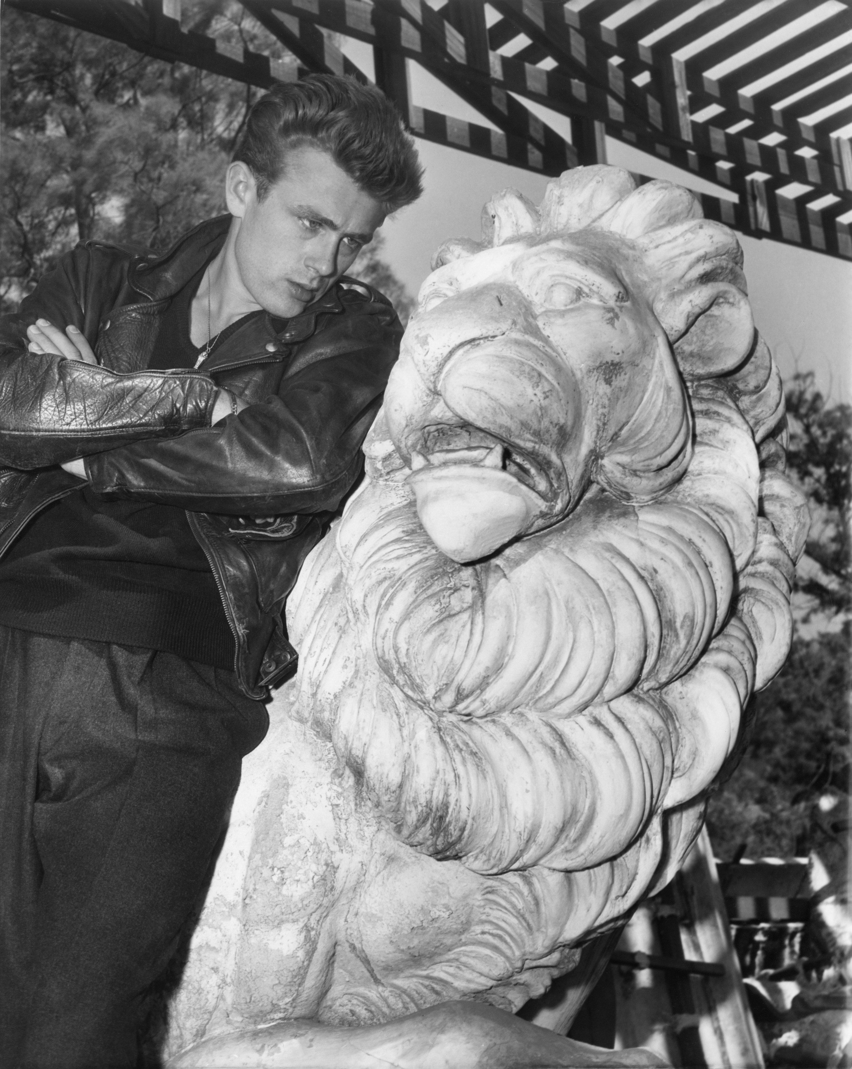 actor-james-dean-poses-for-a-photo-on-the-set-of-the-warner-news-photo-1573155579.jpg
