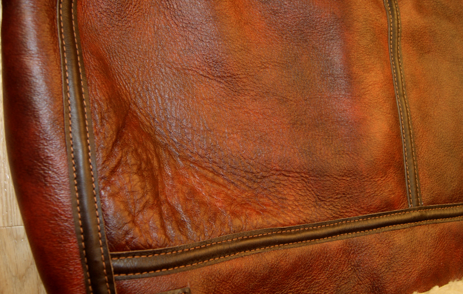 Aero B-3 Redskin 15mm thinner shearling back detail.jpg