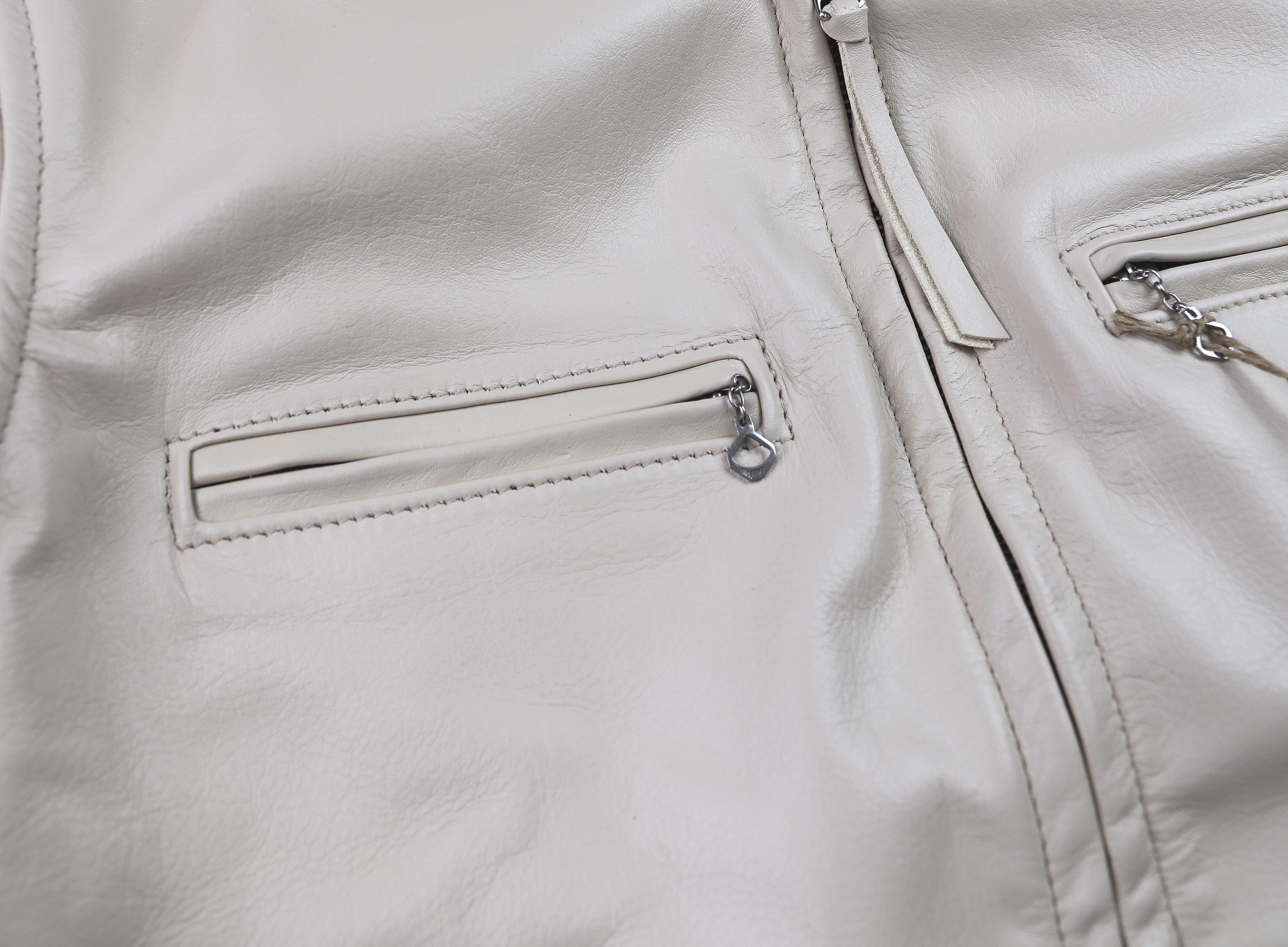 Aero Board Racer Cream Vicenza JX8 chest pockets.jpg