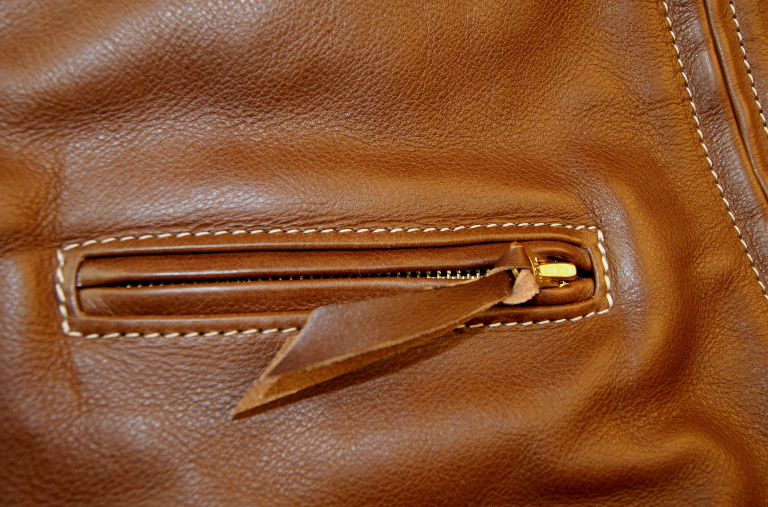 Aero Board Racer Russet Vicenza Horsehide HWM chest pocket.jpg