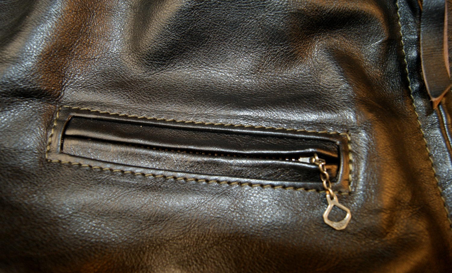 Aero Cafe Racer Blackened Brown Vicenza Horsehide chest pocket.jpg