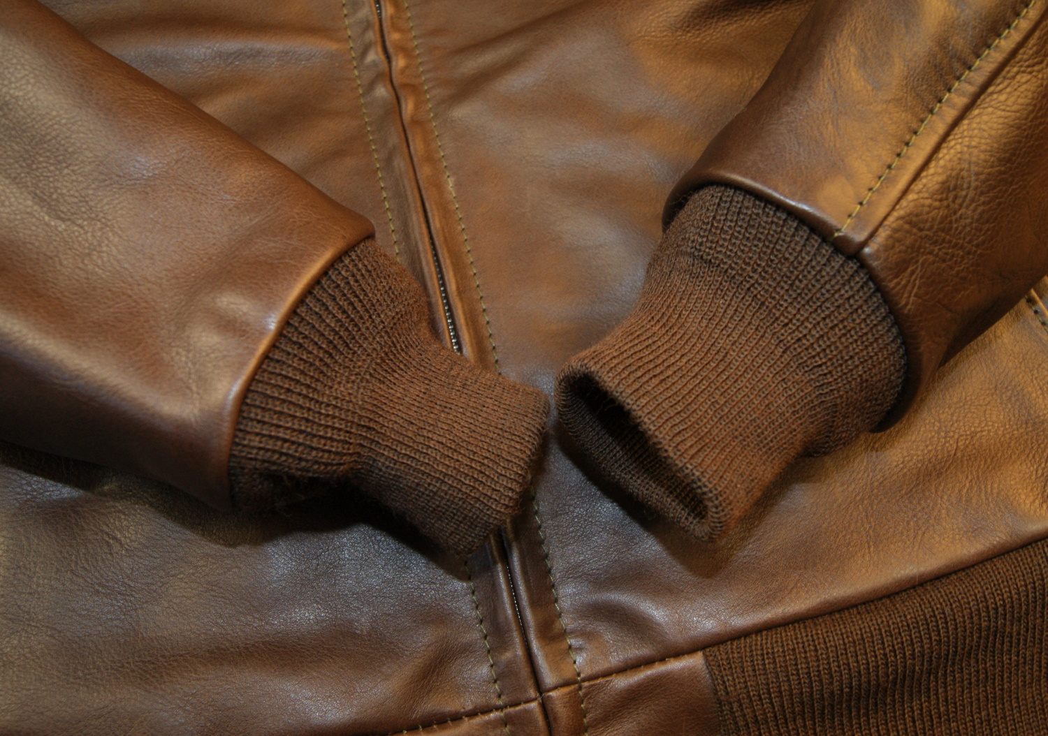 Aero Happy Days Seal Vicenza Horsehide knit cuffs.jpg