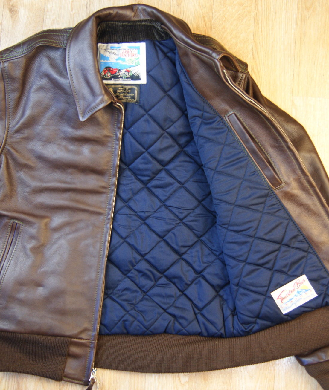Aero Happy Days Seal Vicenza Horsehide navy quilted lining.jpg