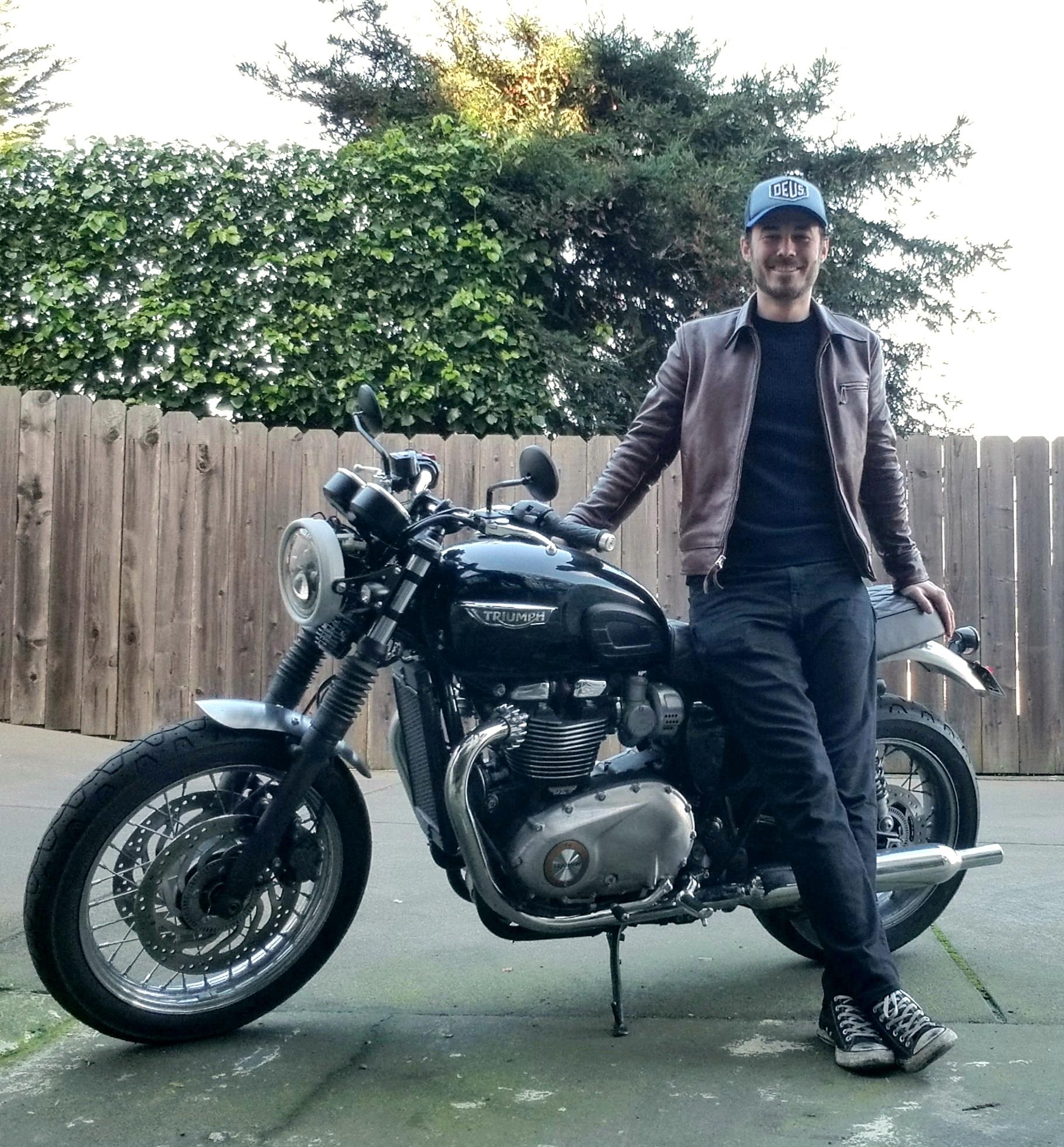 Aero Premier Highwayman customer fit photo motorcycle.jpg