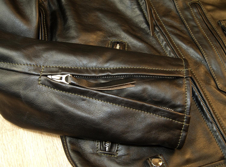 Aero Ridley Blackened Brown Vicenza Horsehide RUV sleeve zip.jpg
