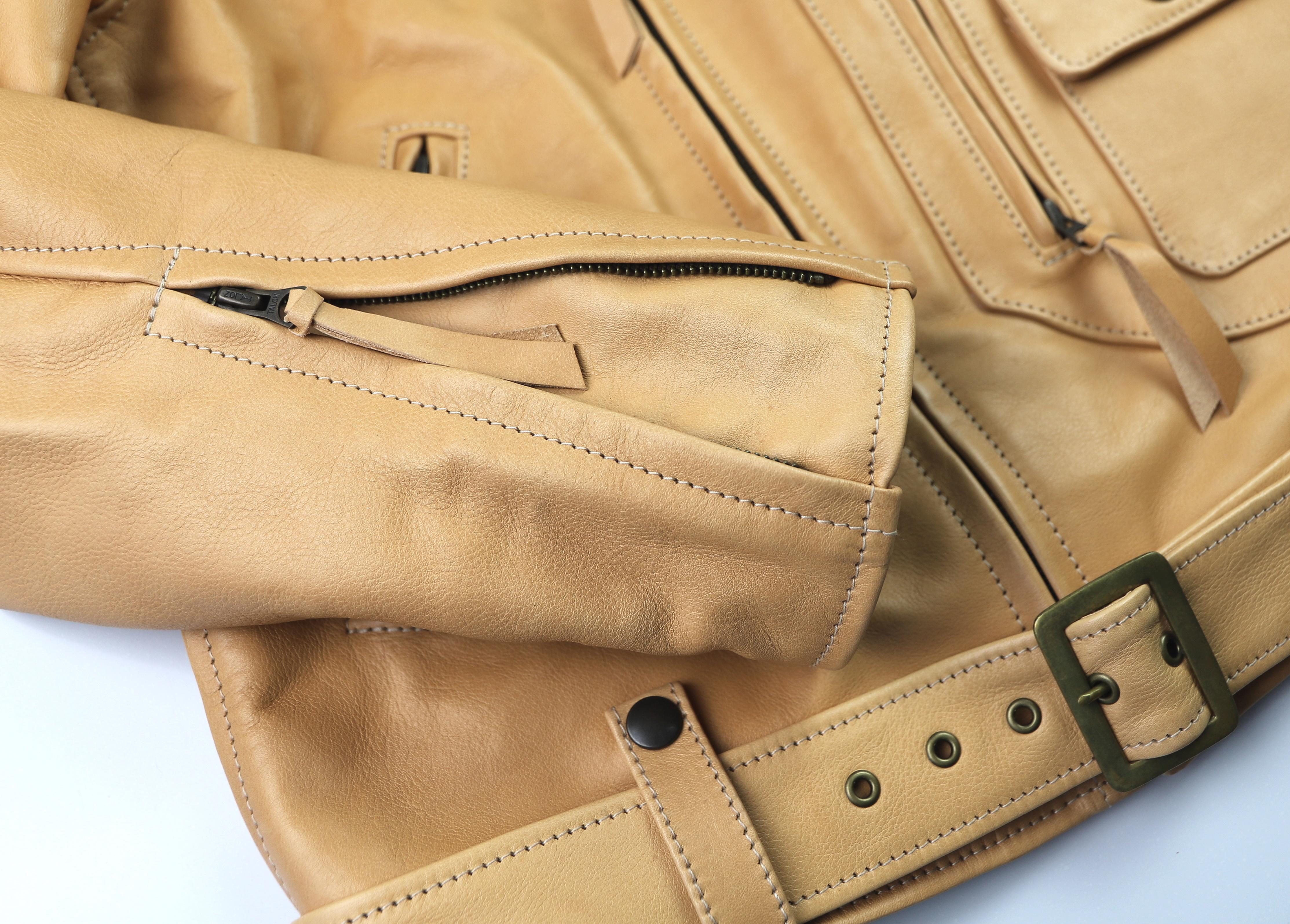 Aero Ridley Natural Vicenza Horsehide 9DM sleeve zipper.jpg