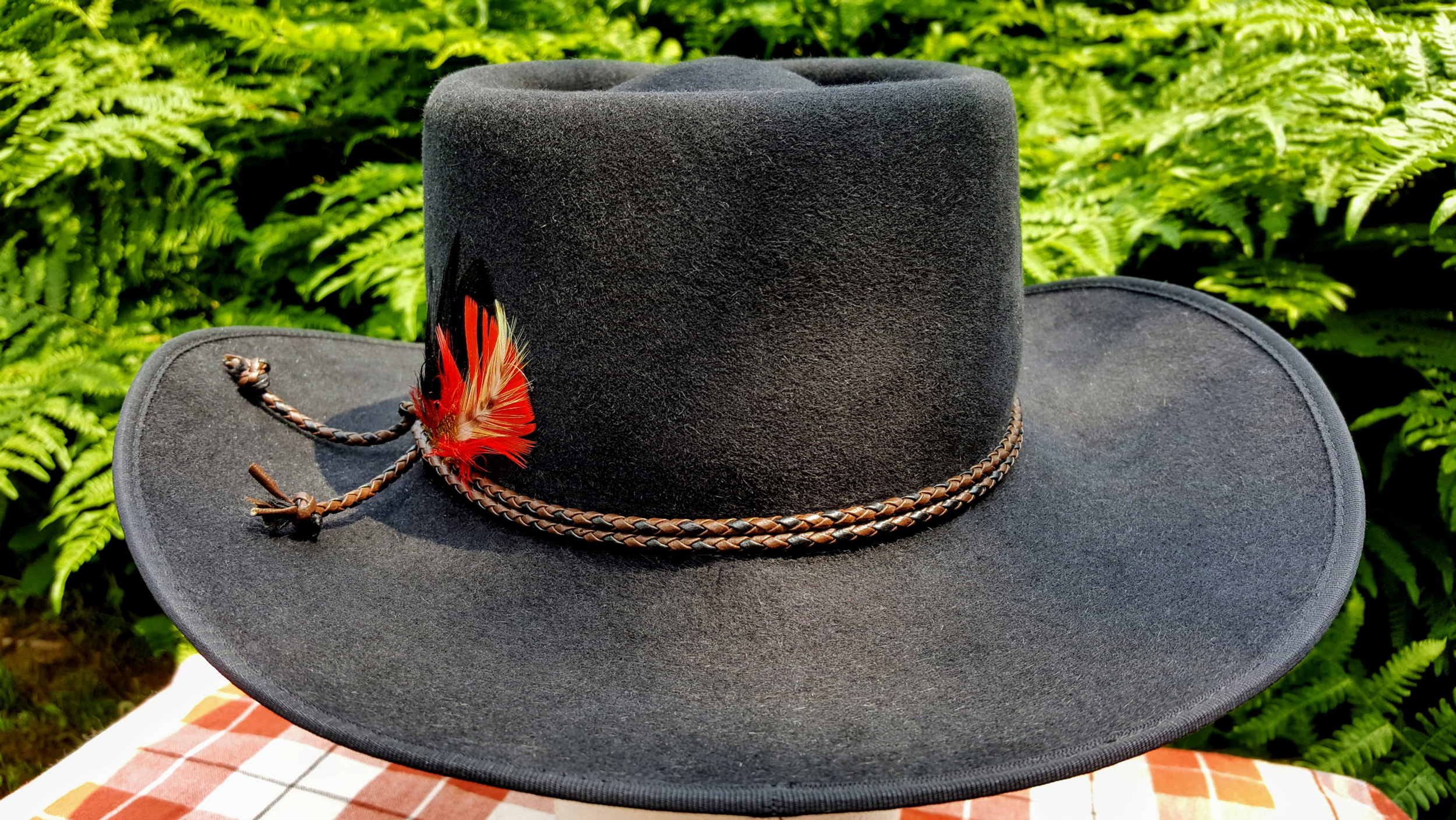 Akubra-Tracker-Black-56-Back-01.jpg