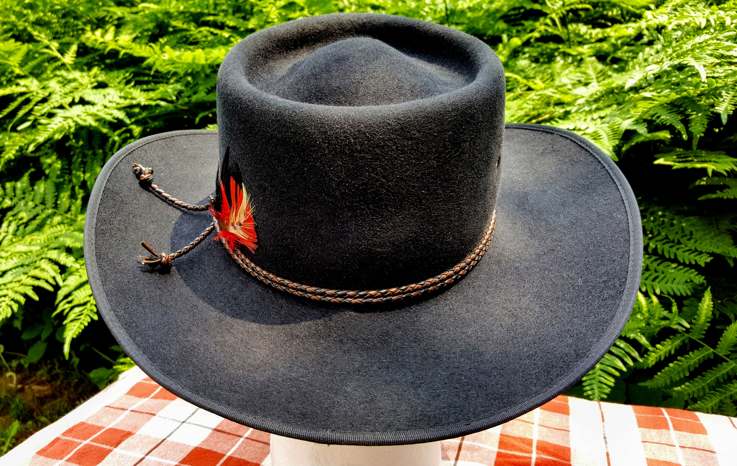 Akubra-Tracker-Black-56-Back-03.jpg