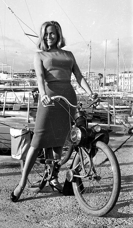 bond & bike 2.jpg