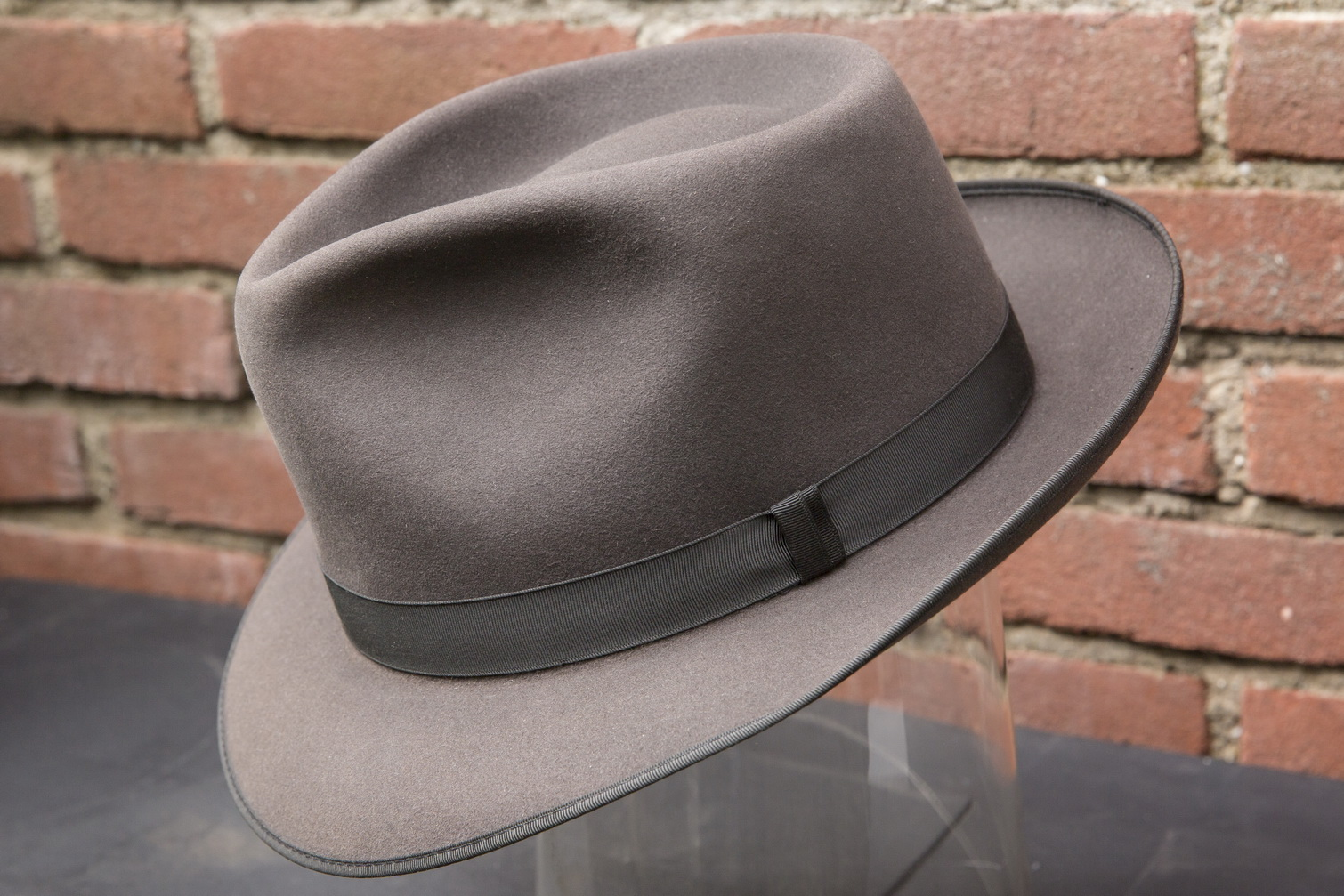 ad0439b67b0 ... Collectible Vintage Champ with Kashmir Finish Felt Fedora Hat size 7-18  online retailer 5c40d  champ feather01.jpg ... sale retailer ef197 d3e1a ...