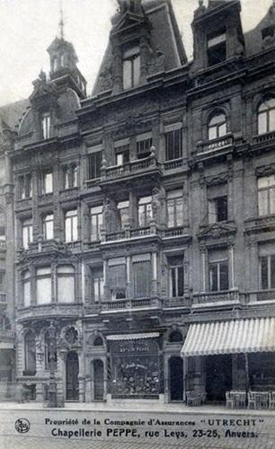 Chappellerie Peppe Anvers.jpg