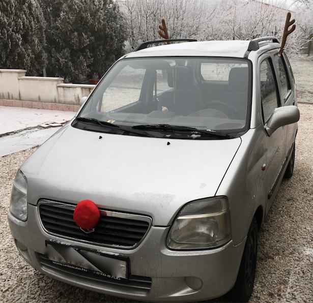 christmas car.png
