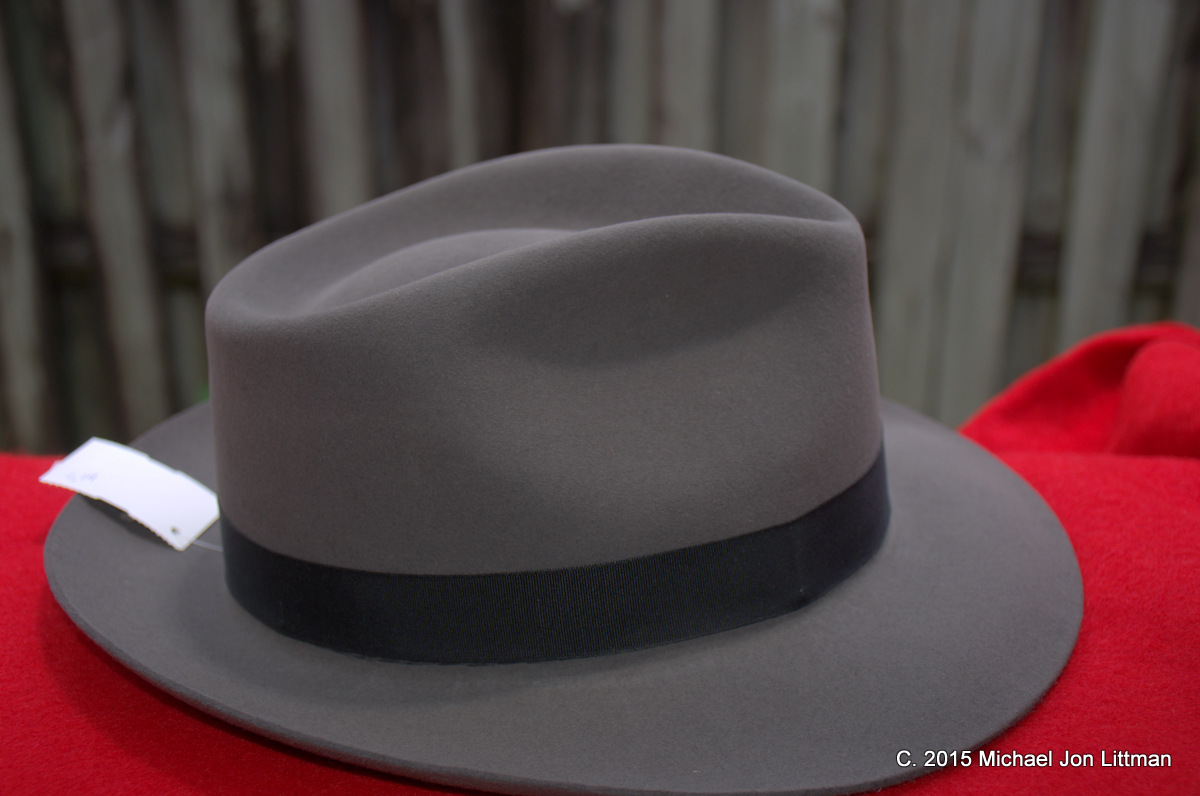 These are much nicer hats and closer in quality to older Stetson. Indeed 4945eeb1a58