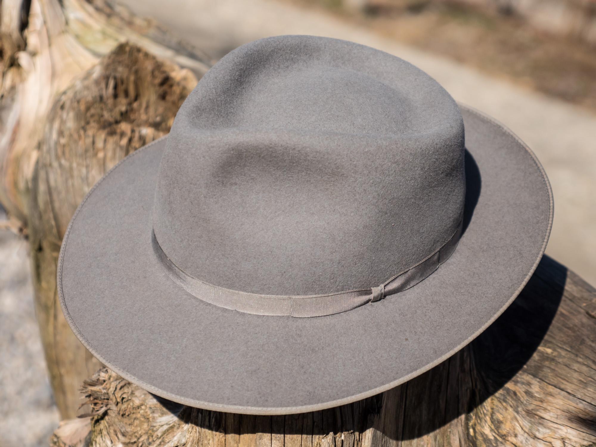hat-r%C3%B6mer-strat-clone-grau-201-web-