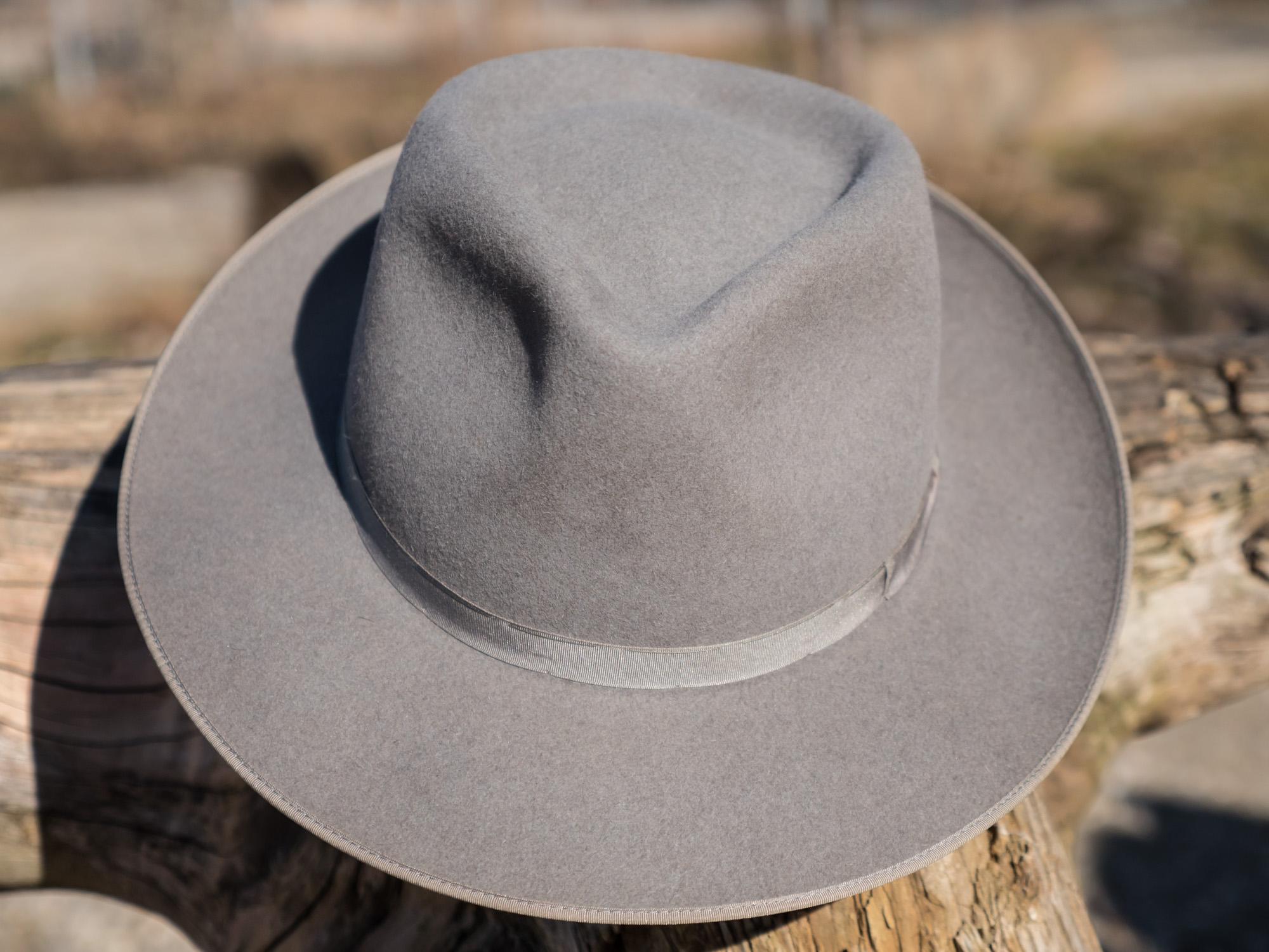 hat-r%C3%B6mer-strat-clone-grau-202-web-