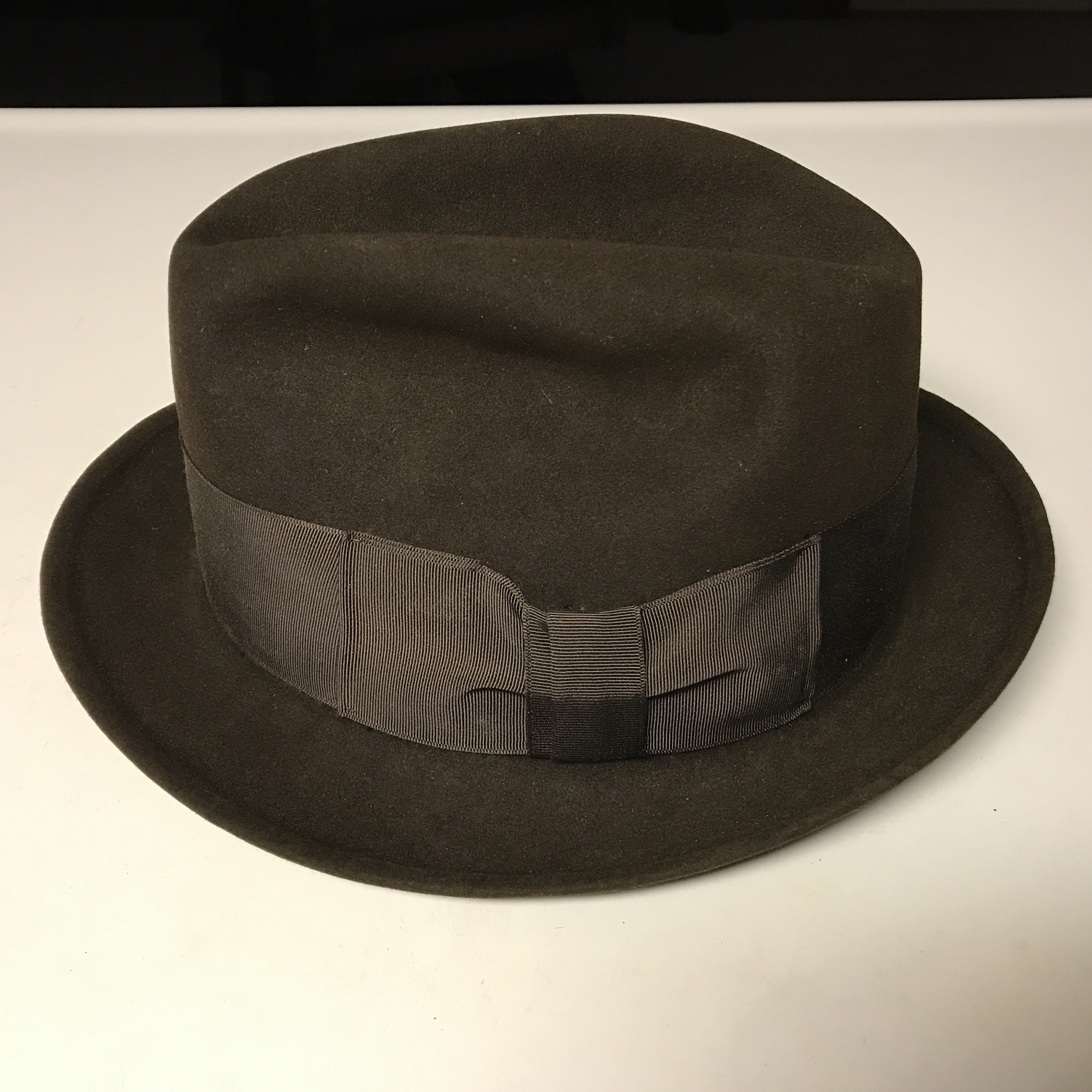 12cef578a8bfb Also I have a Stetson hat box. So looking for advice and also the date of  the hat and box. Do you think the box and hat belong together also.