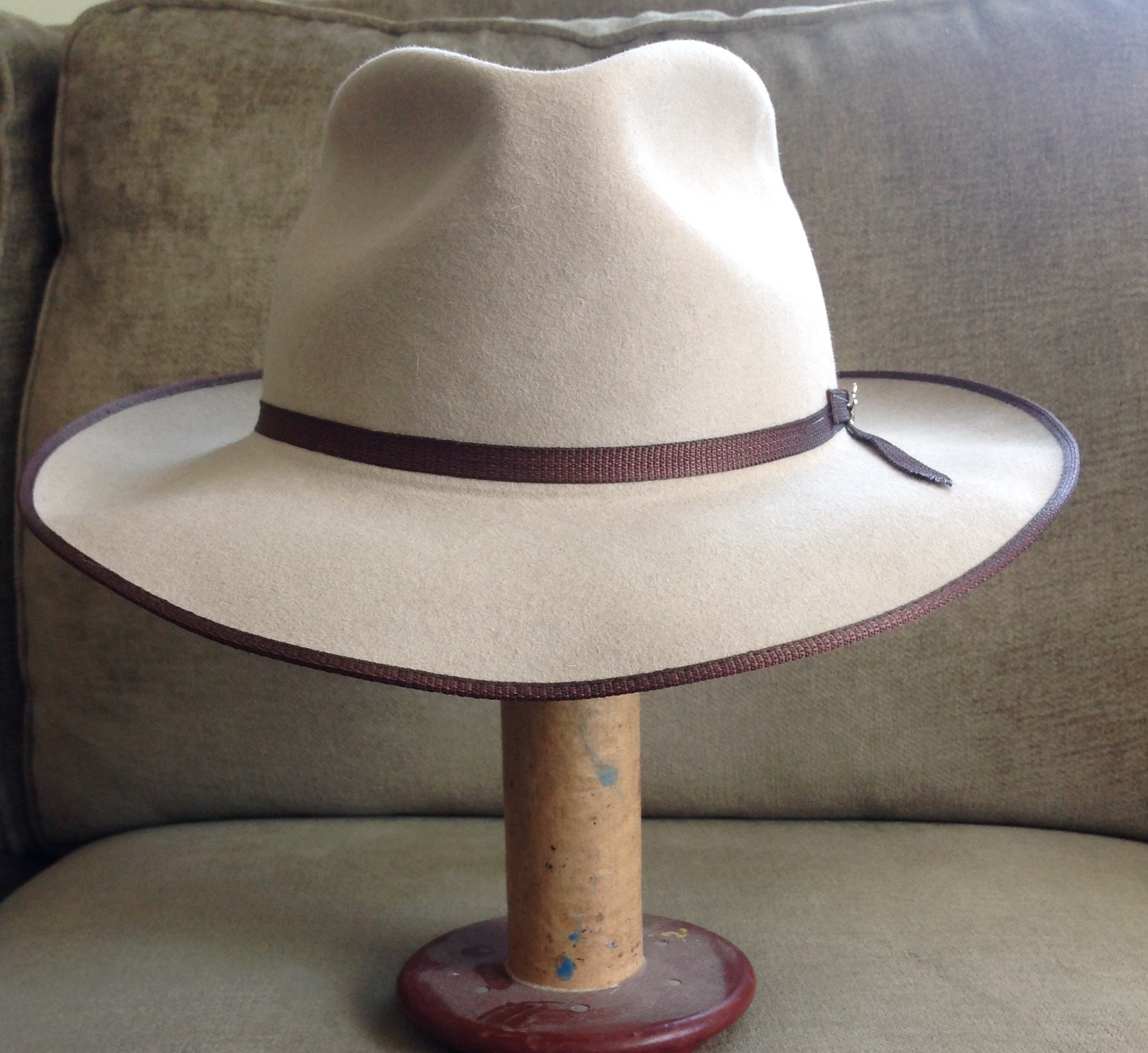 7f8cc9e0 FS: Stetson Stratoliner Special Edition Royal Quality. Size 7-5/8 ...