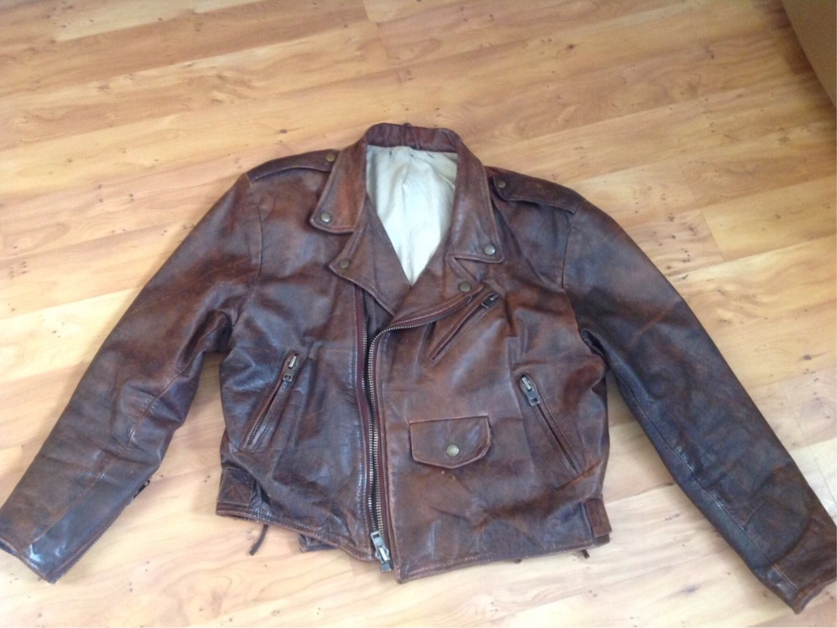 c0bce8c3477 HELP TO ID THIS JACKET