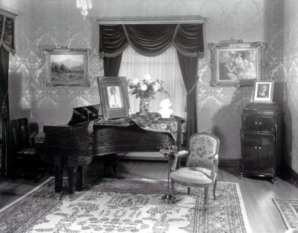 musicroom1930.jpg