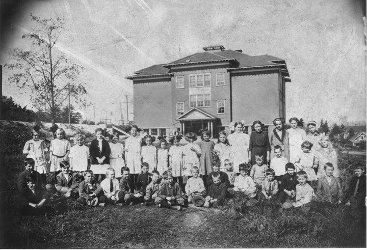 Phinney Neighborhood Association historic photo.jpg