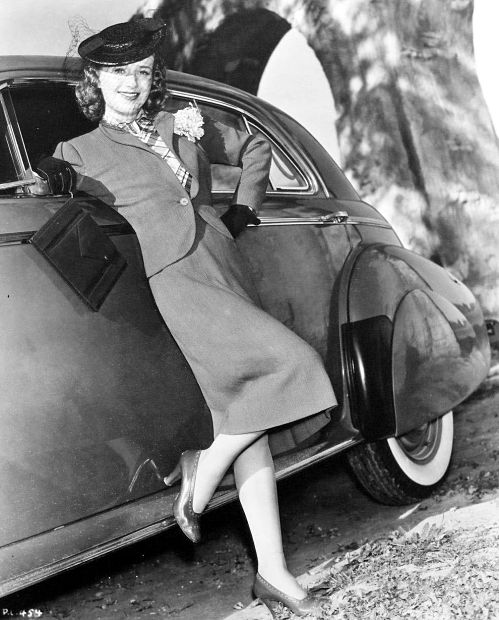 priscilla-lane-car_opt.jpg