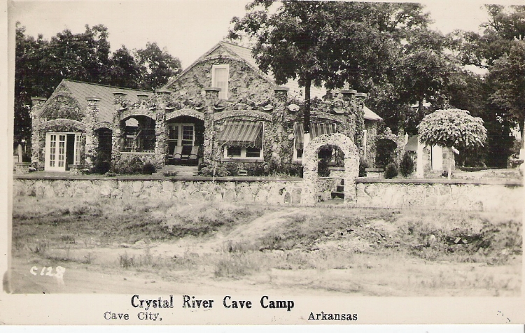The_Cave_Court_1930s.jpg