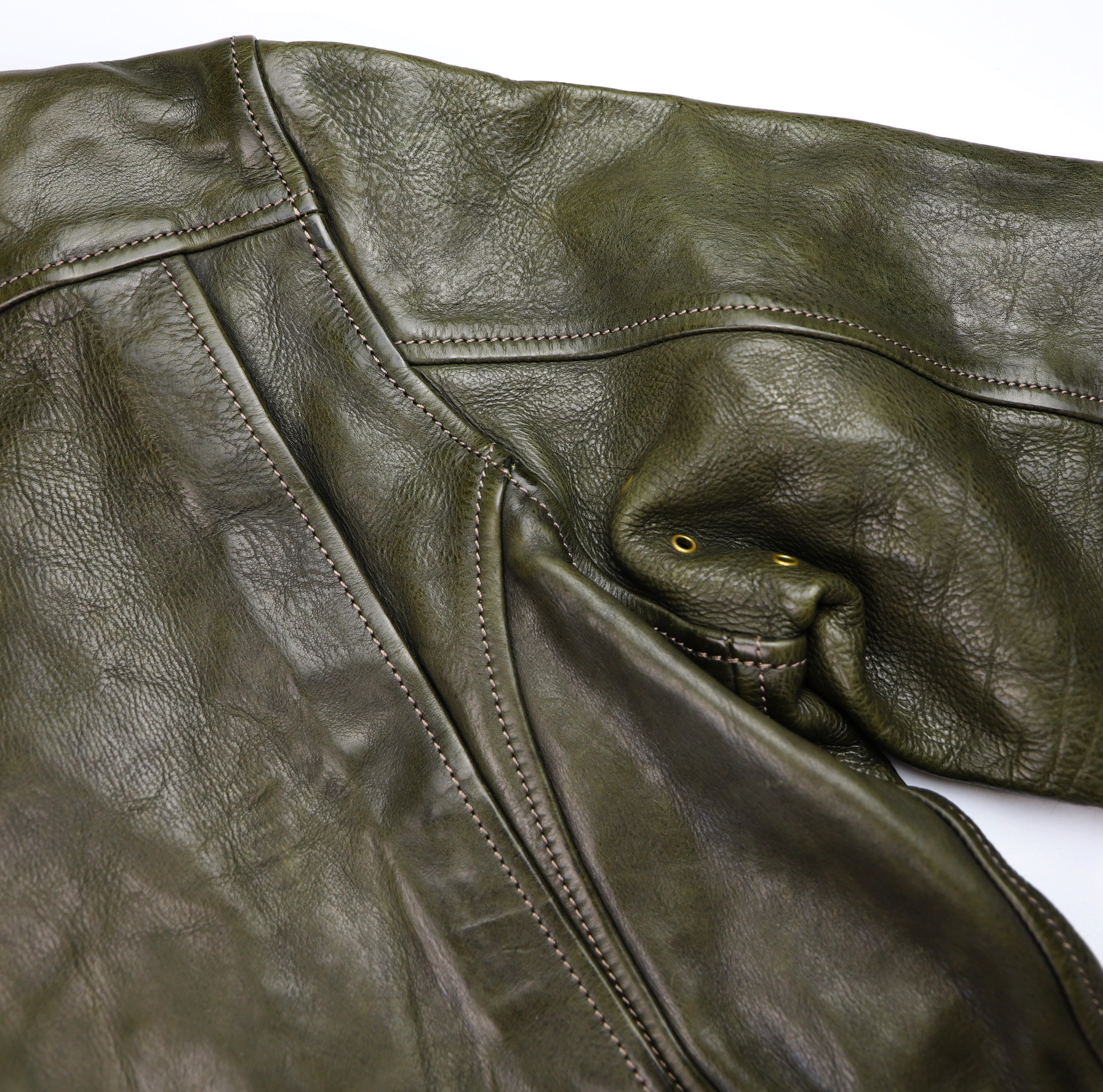 Thedi Hektor Green Cowhide action back.jpg
