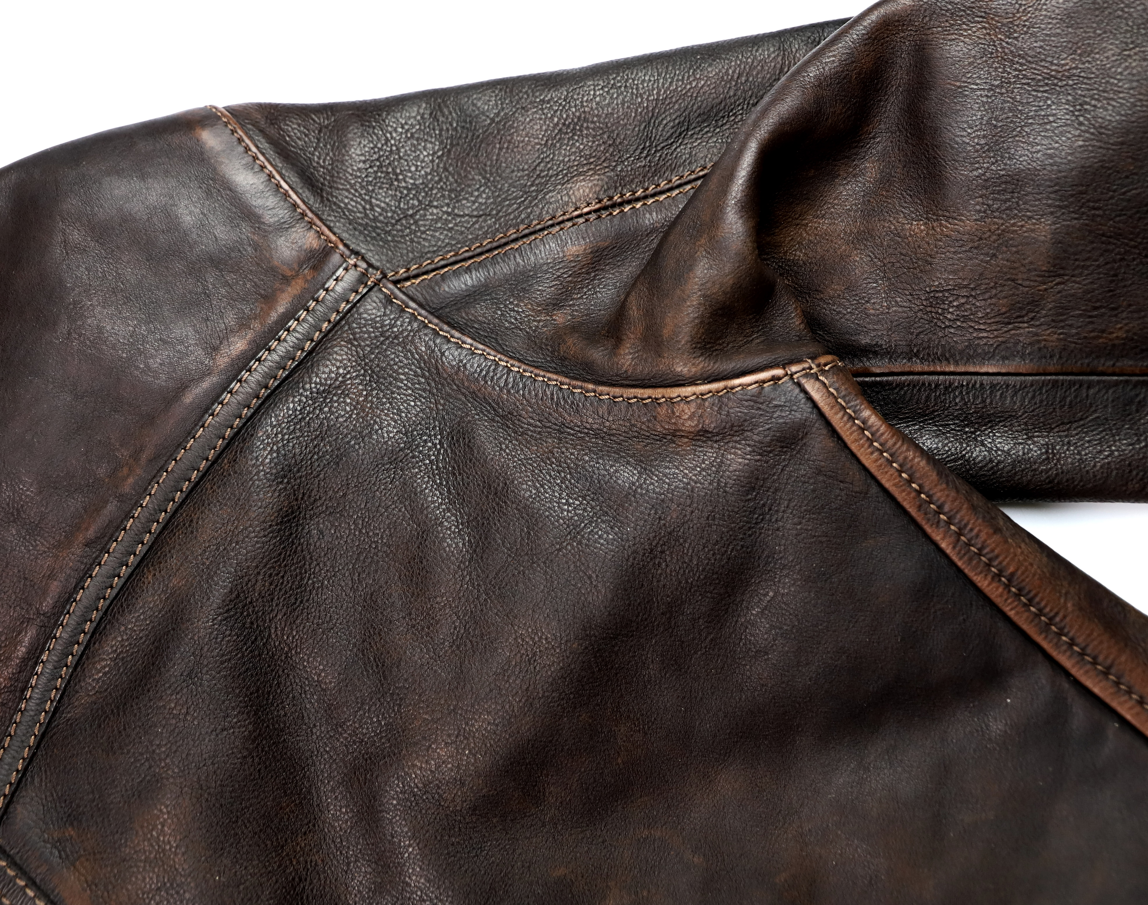 Thedi Niko Button-Up Hand-Dyed Brown Cowhide JG1 shoulder.jpg