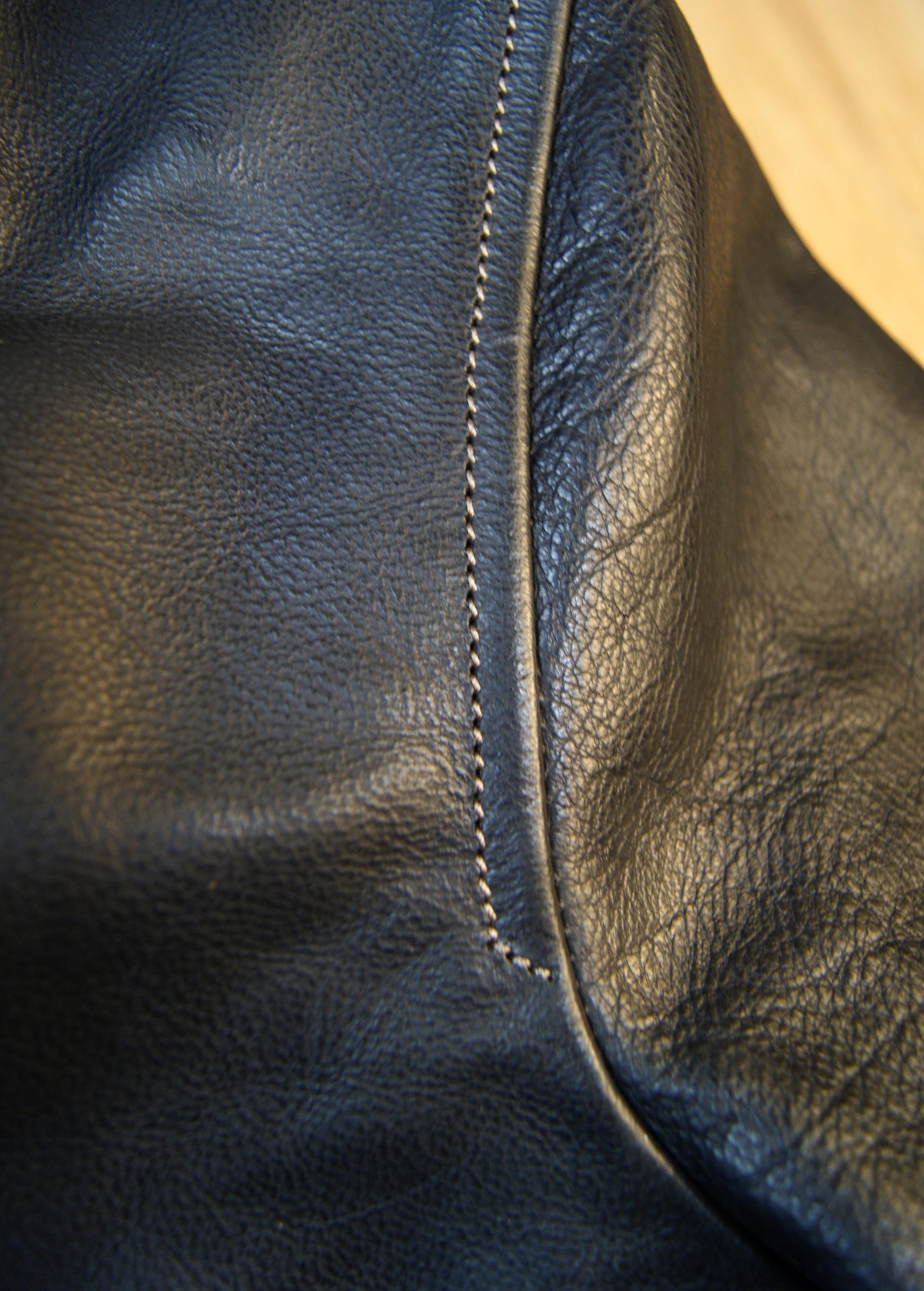 Thedi Shawl Collar Black Buffalo THS9 shoulder seam.jpg