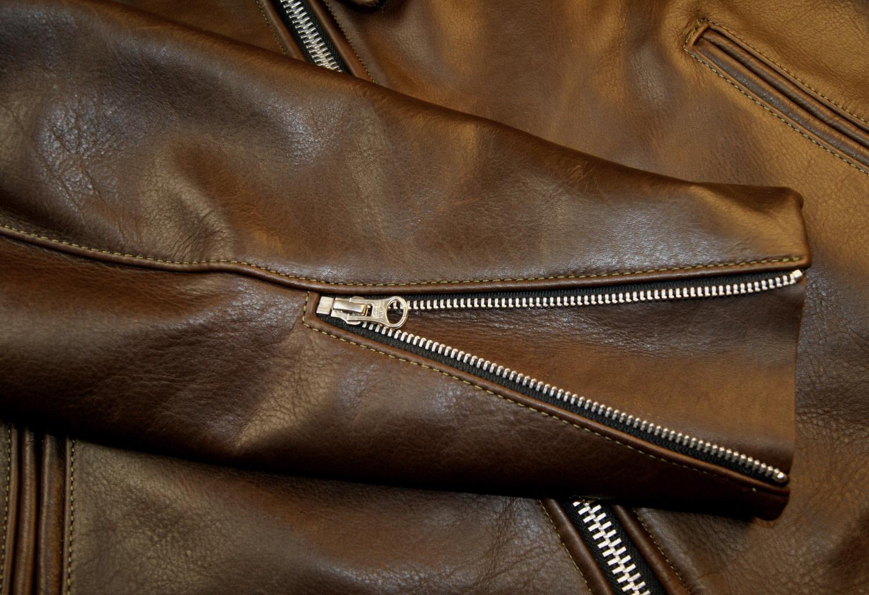 Vanson Oxford Whidley leather sleeve zip.jpg