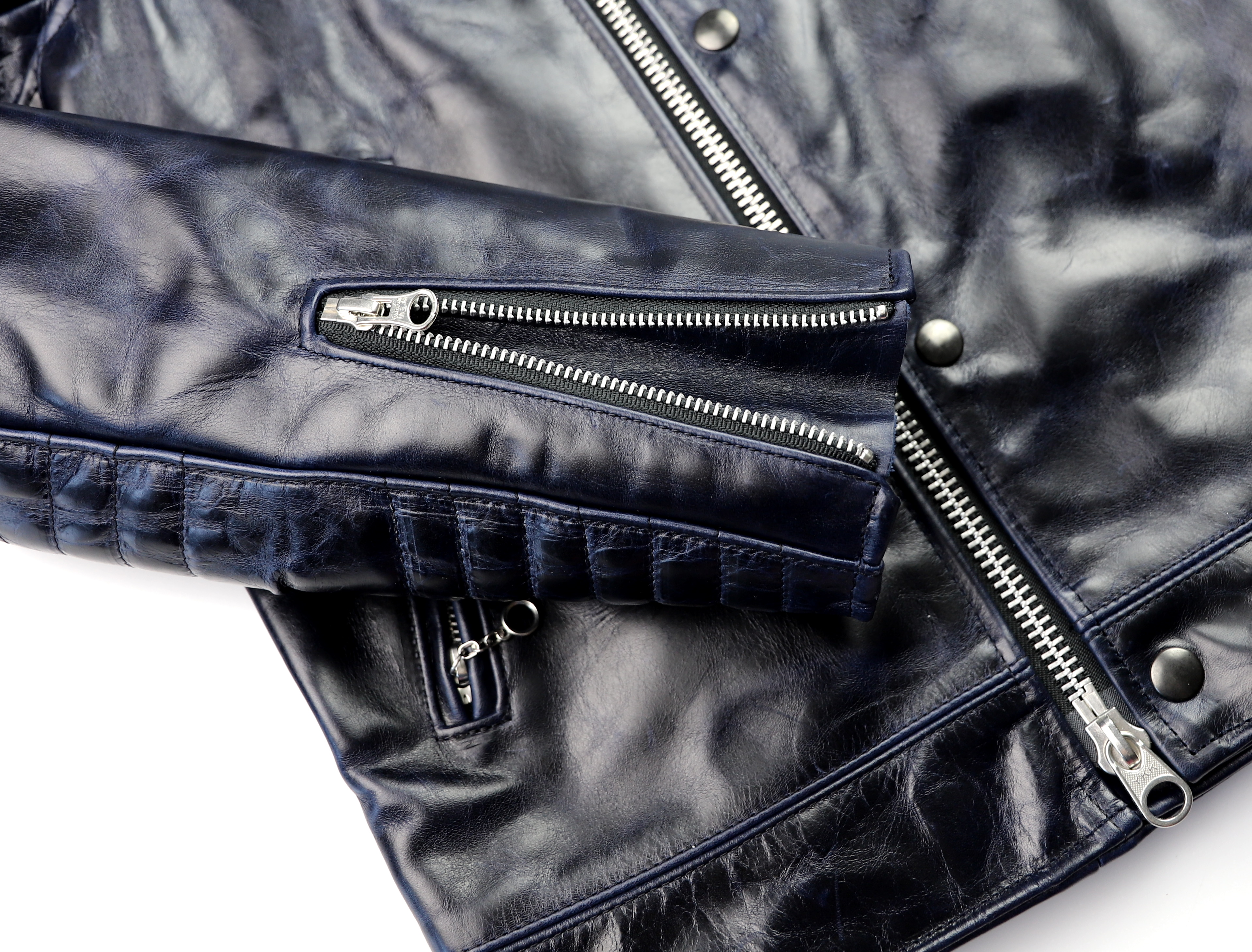 Vanson Portland Abyss Bainbridge ML6B sleeve zipper.jpg