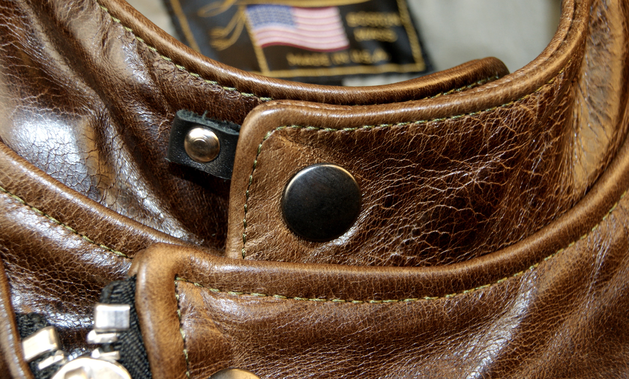 Vanson Portland Dark Maple Bainbridge CJS collar snap.jpg