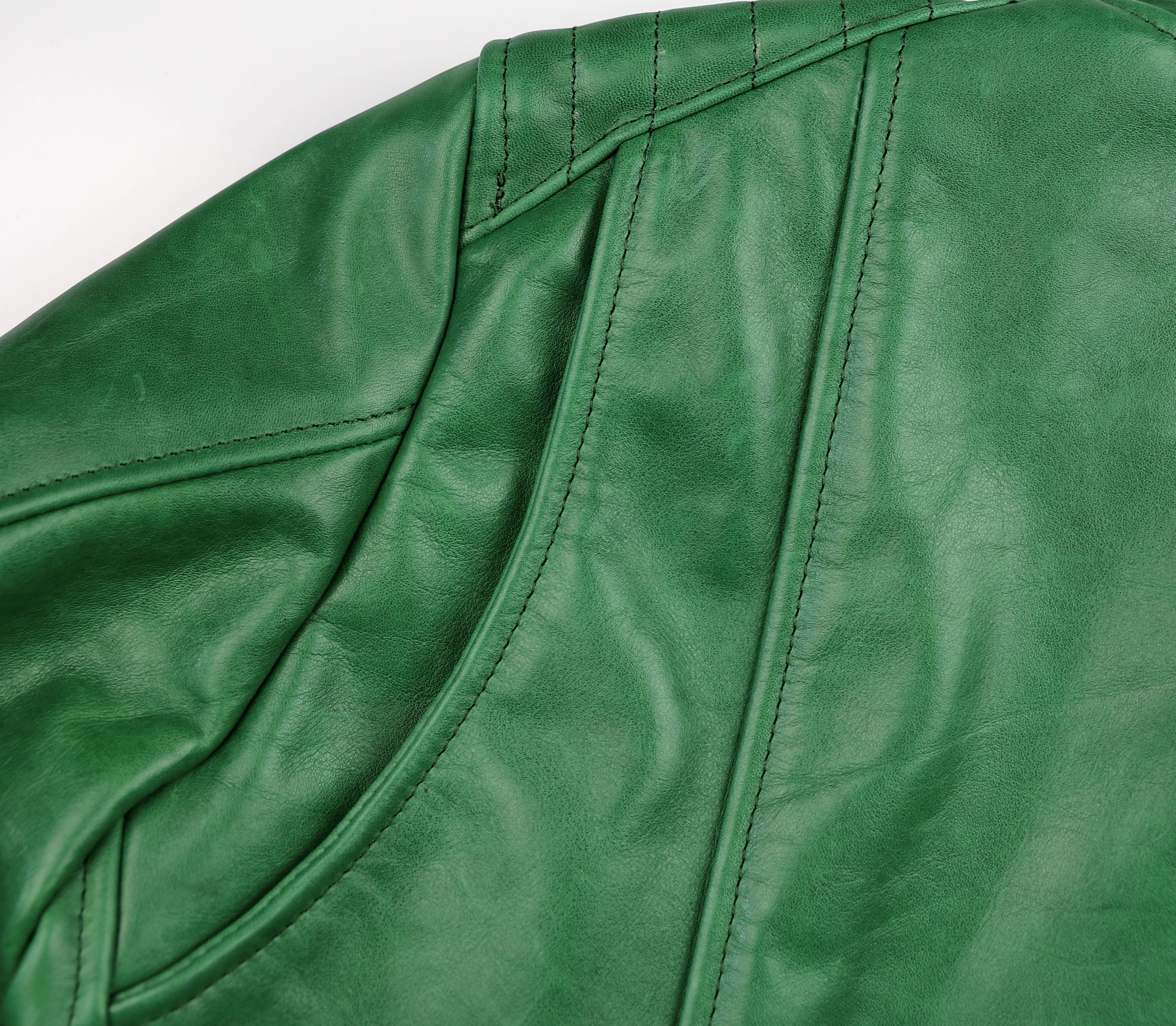 Vanson Women's Portland Green Apple Cascadia Organica shoulder gusset.jpg