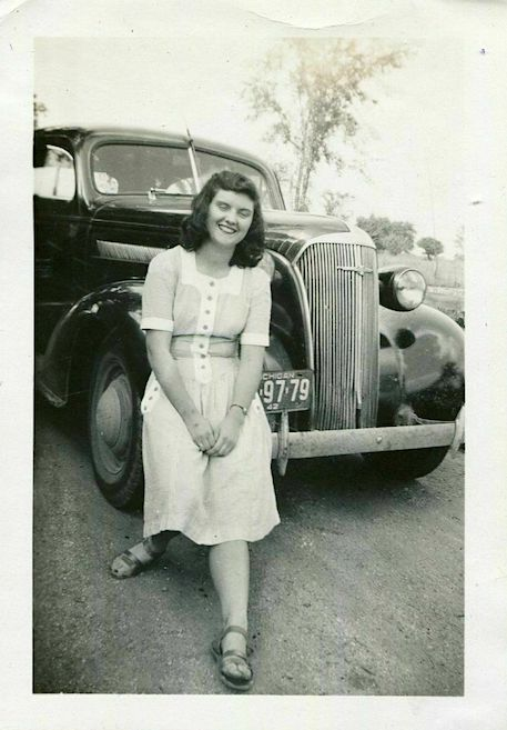 Vintage-Car-Photo-Pretty-Girl-w-1937-Chevrolet.jpg